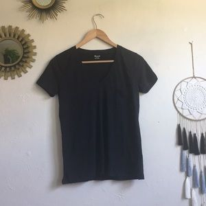 Madewell SS black v neck tee. Size XS